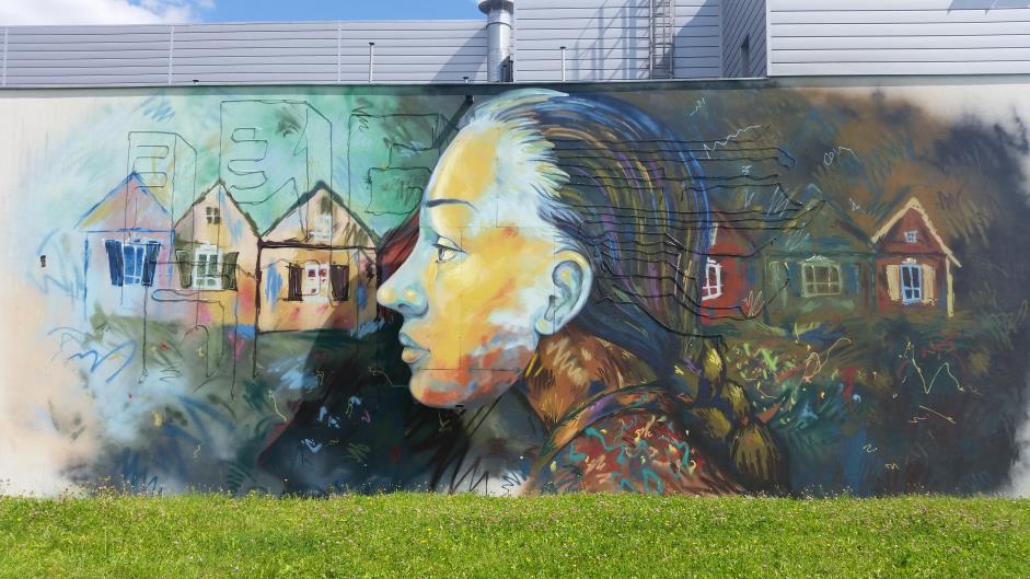 Dok d z dzieckiem wypr bowane miejsca na bli sze i for Mural alternatywy 4